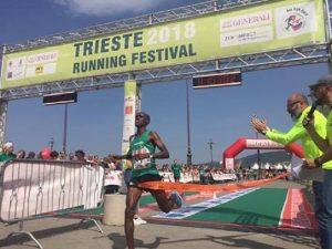 """Trieste, maratona vietata agli africani. Organizzatori: """"Scelta contro lo sfruttamento"""""""