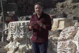 """Terremoto L'Aquila 2009-2019, l'intervista a Mario Tozzi: """"Prevedere i terremoti, sì, come la Terra piatta..."""""""