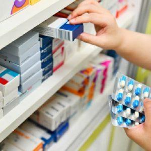 Antibiotici ritirati dal mercato, allarme Aifa. Effetti collaterali: depressione, insonnia, ansia...