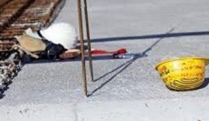 Maniago, il carico è troppo pesante: operaio muore schiacciato dalla gru