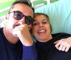 """Nadia Toffa in chemioterapia col migliore amico: """"Lui non mi abbandona mai"""" (foto Instagram)"""