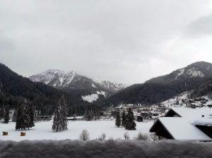 Maltempo, pioggia e neve sull'Italia: allerta valanghe, fiumi in piena