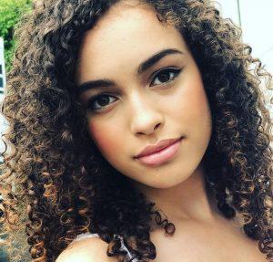 Mya-Lecia Naylor è morta: la star della tv per bambini aveva solo 16 anni