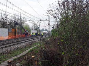 Pieve Emanuele, due operai morti schiacciati vicino ferrovia