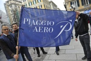 Piaggio Aerospace: il ministro Trenta boccia i droni, in mille rischiano la cassa integrazione