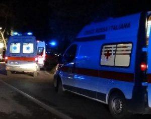 Roma, nella notte un'auto precipita dal viadotto della Magliana: grave il conducente (foto d'archivio Ansa)