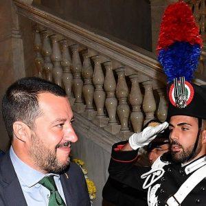 Direttive Salvini: alluvione. Soldi: siccità, sottosegretario indagato...Tutto ok per il 55%