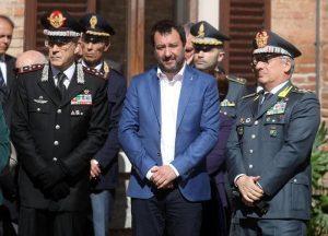 """Salvini, sui """"porti chiusi"""" nuova inchiesta e il """"tradimento"""" di Di Maio. E se la Libia salta, rifugiati non migranti..."""