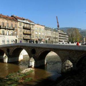Sarajevo 25 anni dopo, la memoria non si cancella (foto Ansa)