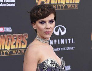 Scarlett Johansson single e bassa: la delusione dei fan che la vedono