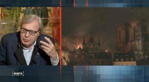 """Notre-Dame, Vittorio Sgarbi: """"Lì non c'è nulla di valore"""""""