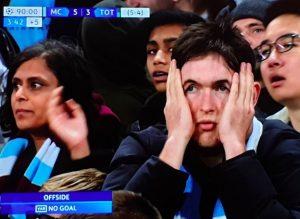 Sterling, il gol qualificazione in Manchester City-Tottenham annullato dal var per fuorigioco di Aguero
