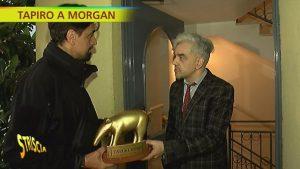 """Striscia la Notizia, Tapiro d'oro a Morgan: casa pignorata per pagare gli alimenti. """"Non so dove andrò a vivere"""""""