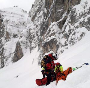 Valanga sulle Dolomiti di Brenta: travolti alpinisti nel Canalone Neri