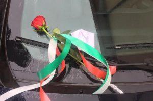 Vibo Valentia: una rosa e un biglietto sulla gazzella per ringraziare i carabinieri
