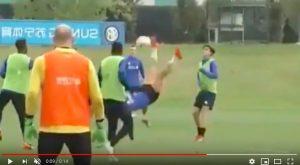 Lautaro Martinez, gol in rovesciata in allenamento. Prenderà il posto di Icardi contro la Roma?