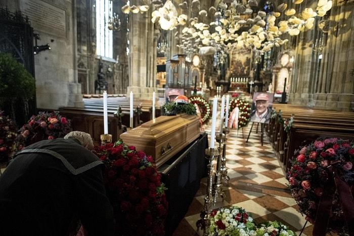 Niki Lauda, funerali a Vienna3