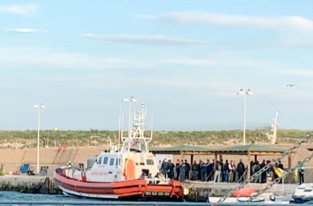 Sea Watch, Procura apre inchiesta per favoreggiamento immigrazione clandestina2