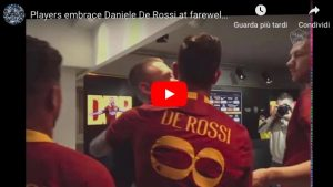 De Rossi, abbraccio commovente con i compagni di squadra: VIDEO