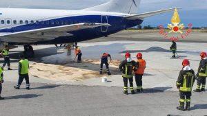 Aeroporto Lamezia Terme, rischiato incendio: carburante sulla pista