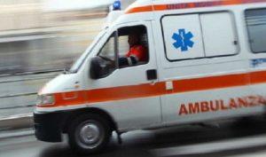 Velletri, scontro Tir-furgone: morto un anziano, grave la moglie