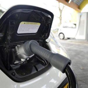 Auto elettriche, batterie ci sono? Ci saranno?