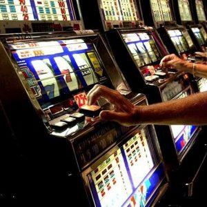 """Gioco d'azzardo, il candidato governatore del Piemonte Alberto Cirio: """"Dati Eurispes mostrano che così si incrementa il gioco nero"""""""