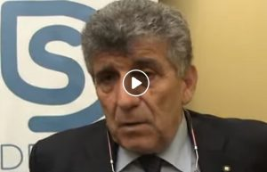 Pietro Bartolo, il medico di Lampedusa propone commissione d'inchiesta