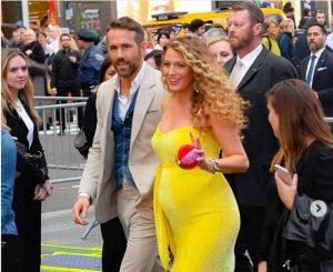 Blake Lively incinta, lei e Ryan Reynolds annunciano terzo figlio