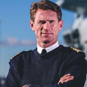 Gb, capitano della marina militare licenziato: ha usato l'auto di servizio nei weekend