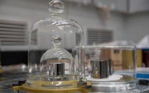 Chilogrammo addio, l'ultima delle unità di misura. Lo definisce la costante di Planck, non un cilindro di platino