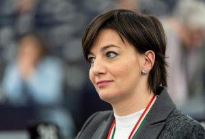 Lara Comi (FI) e Marco Bonometti (Confindustria) indagati nell'inchiesta sulle tangenti in Lombardia