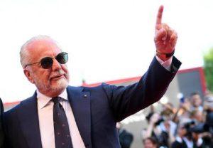 """De Laurentiis: """"Non vendo il Napoli. Ho rifiutato 900 milioni. E voglio Quagliarella"""" (foto Ansa)"""