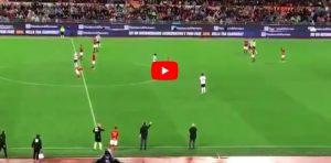 De Rossi, addio alla Roma: standing ovation al momento della sostituzione. VIDEO