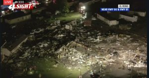 Tornado El Reno in Oklahoma: motel raso al suolo, 2 morti