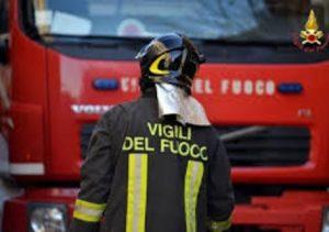 Pegognaga (Mantova), precipita elicottero: sul posto i Vigili del Fuoco (foto d'archivio Ansa)
