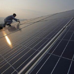 Energia, quando i cinesi ci diranno...sfida europea, Italia allo sbando
