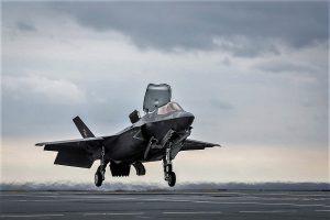 F35, Regno Unito ha le portaerei ma non ha gli aerei da portare