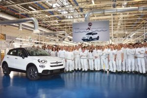 Fca, la proposta a Renault: nuova società al 50% ciascuno