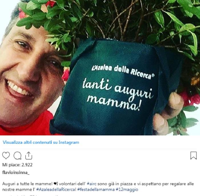 Flavio Insinna e la lotta contro il tumore: il post sui social che ha commosso i fan