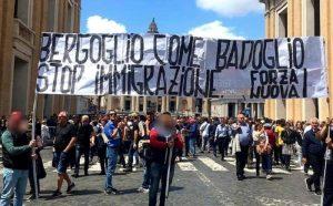Matteo Salvini vs cardinale, Forza Nuova vs Papa. Nuova destra Patria, Famiglia...e Dio?