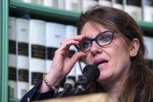 Francesca Puglisi, Spicola...donne del Pd martiri? Vittimismo prepotente di lobby
