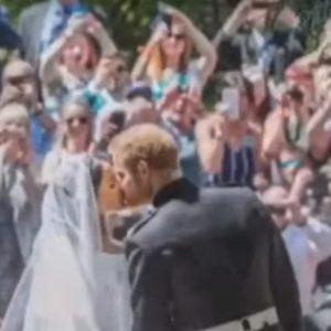 Meghan Markle ed Harry sposi da un anno: le foto inedite in un VIDEO sul loro account