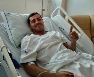 Iker Casillas, tre mesi di stop e poi... E poi si vedrà. Torna o lascia il calcio? (foto Ansa)