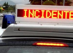 Bari, schianto taxi-Tir sulla Statale 96: 3 morti