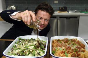 Jamie Oliver fallisce: sua catena di ristoranti in amministrazione controllata. 1000 posti di lavoro a rischio