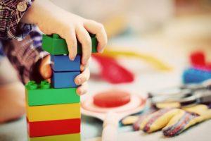 Usa, bimbo apre la scatola dei Lego e trova droga per 40 mila dollari