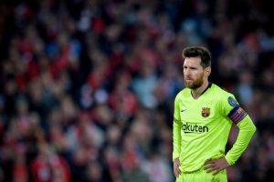Messi, tensione in aeroporto: è stato contestato dai tifosi del Barcellona