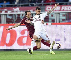 Emiliano Moretti lascia il calcio e si commuove, continuerà nel Torino come dirigente