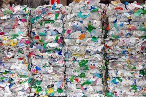 Pannolini e assorbenti entrano nella catena del riciclo e riutilizzo. Firmato il decreto
